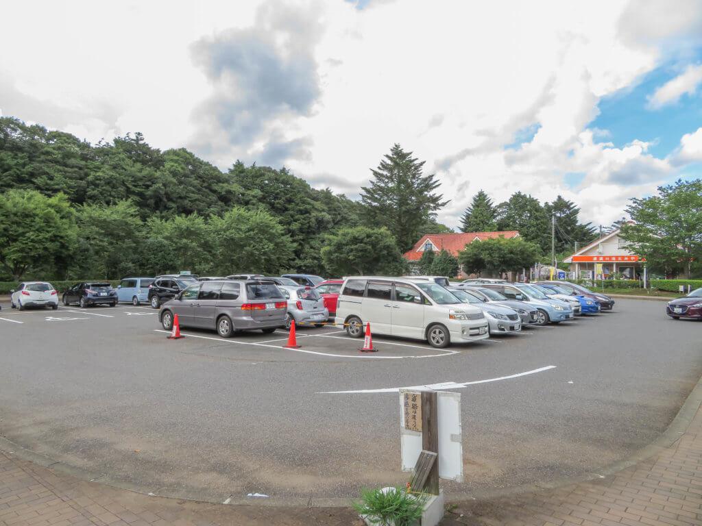 亀岩の洞窟 駐車場